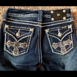 NEW Girls Miss Me Jeans